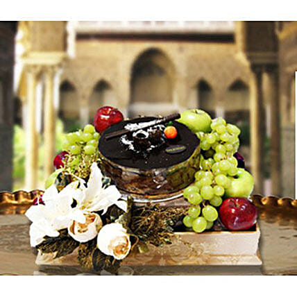 Cake And Fruit Hamper: Deliver Flowers in Indonesia