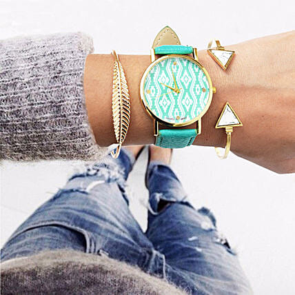 Aqua Blue Bracelet Stack: Accessories