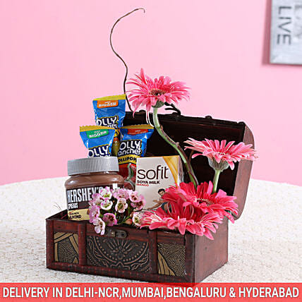 Assorted Flowers & Hershey's Box: Doctors Day Gift Hampers