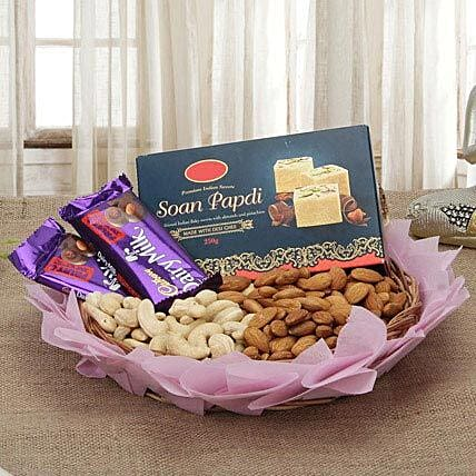 Best Sweetness Deal: Send Bhai Dooj Gift Hampers