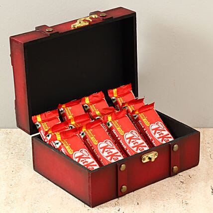 Box Of Kit Kat Chocolates: Hug Day Gifts