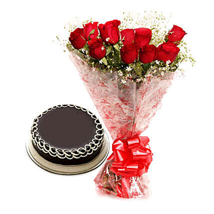 Capturing Heart- Red Roses & Chocolate Cake: Gifts for Rose Day