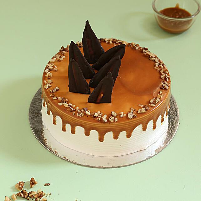 Caramel Walnut Cake: Caramel Cakes