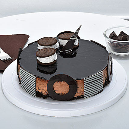 Chocolate Oreo Mousse Cake: