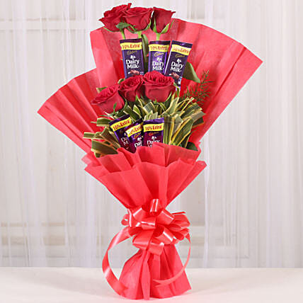 Chocolate Rose Bouquet: Flowers with Chocolates