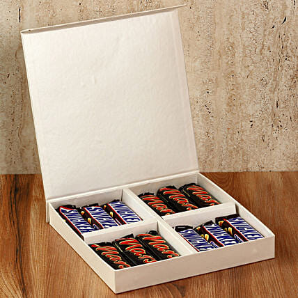 Chocolaty White Gift Box: Navratri Gifts