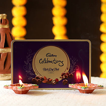 Clay Diya & Dry Fruits Collection: Send Diyas