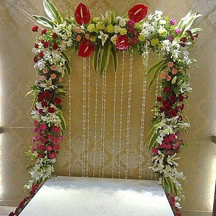 Colourful Floral Decoration: Mixed flowers
