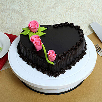 Delicious Heart Shaped Truffle Cake: Designer Birthday Cakes