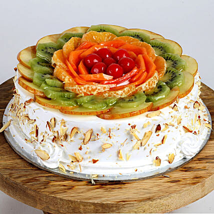 Creamy Vanilla Fruit Cake: Buy Eggless Cakes