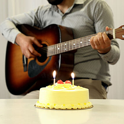Crunchy Soulful Musical Combo: Gifts N Guitarist Service
