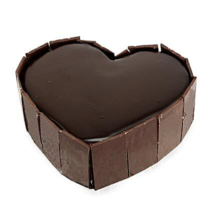 Cute Heart Shape Cake: Chocolate Cake