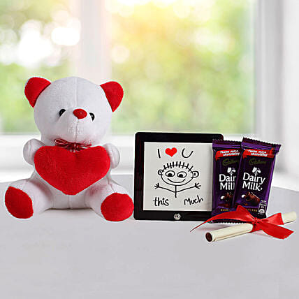 Cute Love Gift: Chocolates for Valentines Day