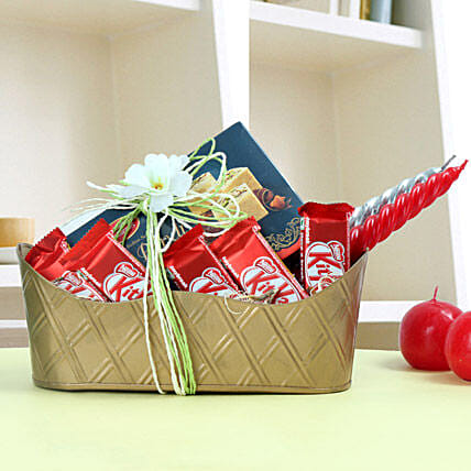 Diwali Sweetness Tray: Christmas Gift Hampers