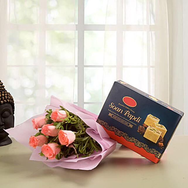 Elegance Hamper: Flower & Sweets for Fathers Day