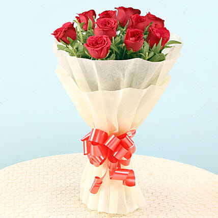 Elegant Red Roses: Send Promise Day Gifts