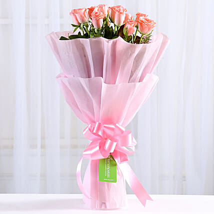 Endearing Pink Roses Bouquet: Gifts for Daughters Day