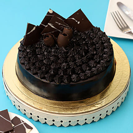 Fudge Brownie Cake: Designer Cakes for Birthday