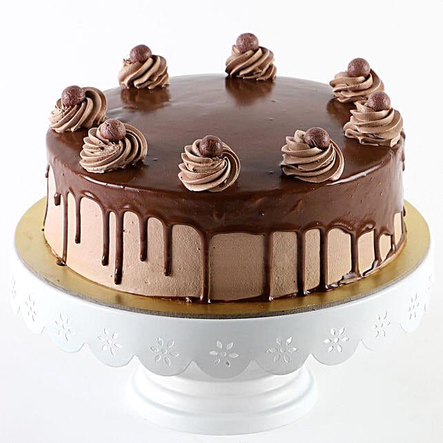 Glazed Chocolate Cream Cake: Buy Eggless Cakes