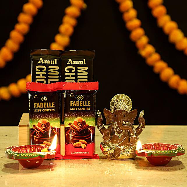 Gold Plated Ganesha Sweet Hamper: