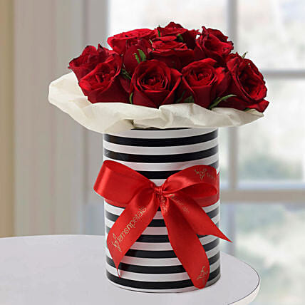 Graceful Roses Arrangement: Friendship Day Roses