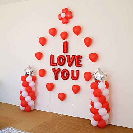 I Love You Balloon Decor: Balloon Decorations