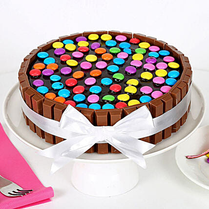 Kit Kat Cake: Chocolate Cake