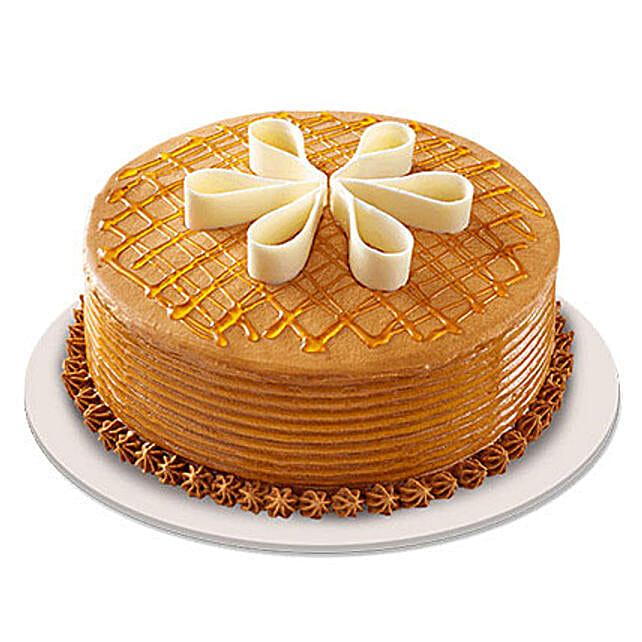 Lush Caramelt Cake: Gifts for Hug Day