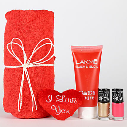 Magical Of Womanhood Hamper: Heart Shaped Gifts