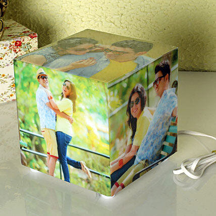 Magnificent Personalized Lamp: Send Personalised Gifts to Kolkata