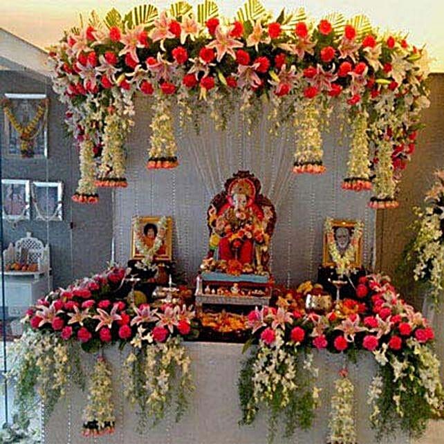 Marvelous Floral Ganpati Decoration: Premium Roses