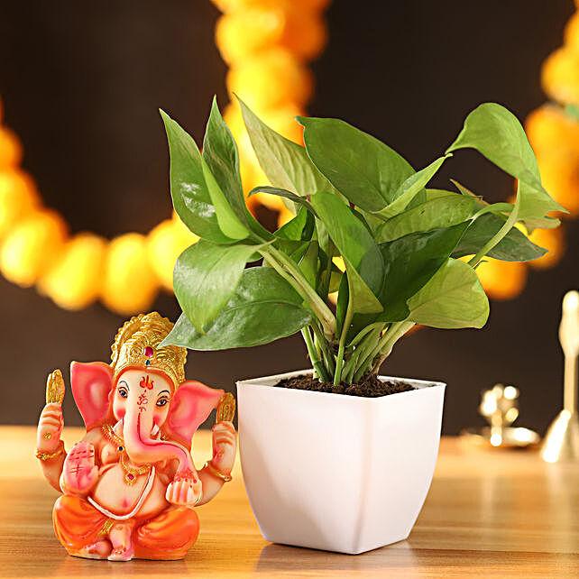 Money Plant & Ganesha Idol:
