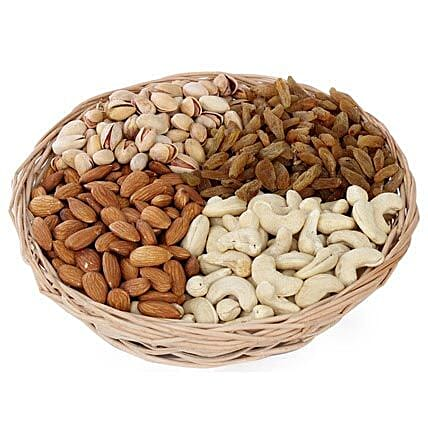 One kg Dry fruits Basket: Premium Gifts