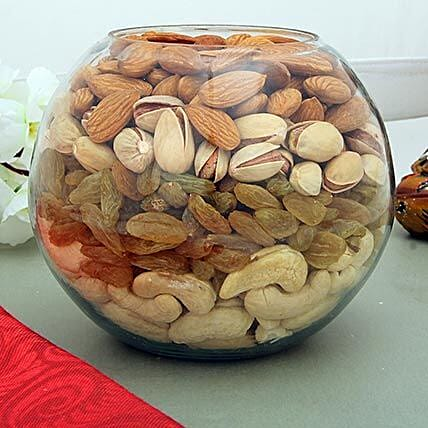 Over loaded Treats: Dry Fruits Gift Packs