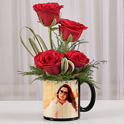 Red Roses in Personalised Black Mug: Send Roses