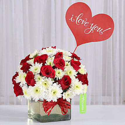 Red Roses & White Daisies in Glass Vase: Send Gifts for Fiancee