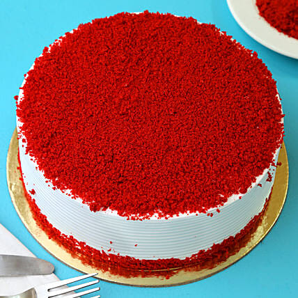 Red Velvet Fresh Cream Cake: Cake Delivery