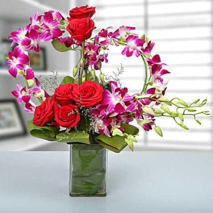 Rose and Orchid Arrangement: Send Unique Gifts