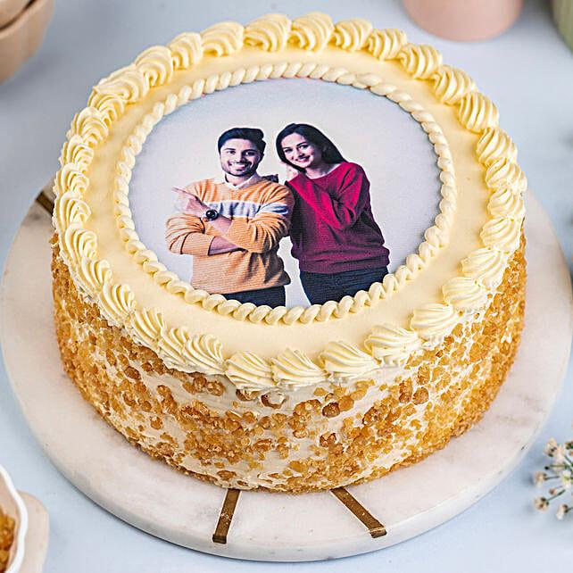 Round Butterscotch Photo Cake: Photo Cakes