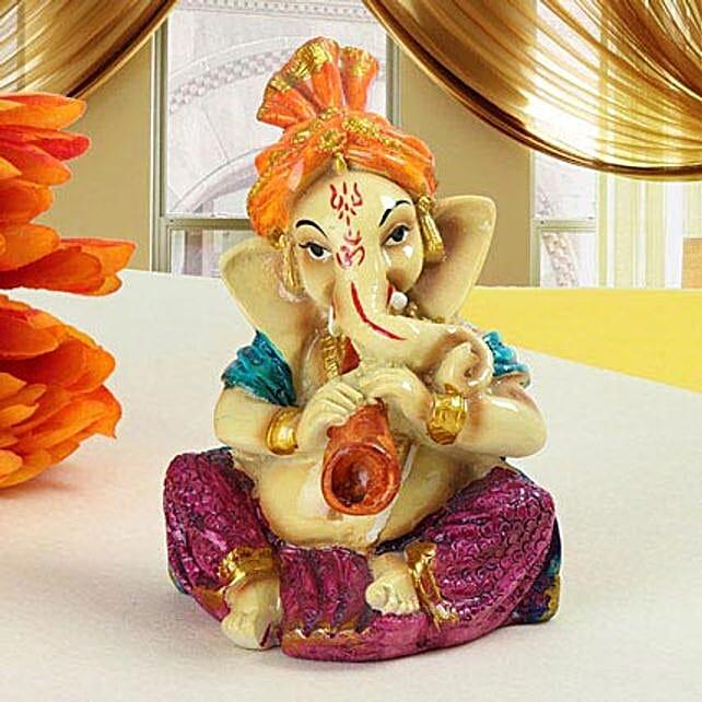 Shehnai Ganesha: Show Pieces