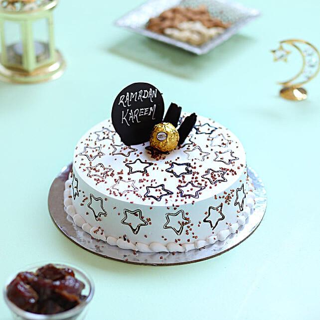 Starry Ramadan Cake: Vanilla Cakes