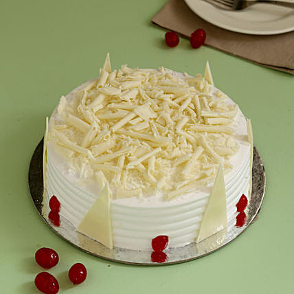 Tempting White Forest Cake Cakes