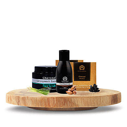 The Man Company Charcoal Express: Gift Hampers
