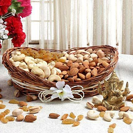 Truly Delicious: Dry Fruits