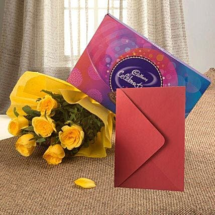 Flower Hamper N Greeting Card: Send New Year Gifts