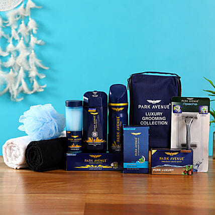 Refreshingly Yours: Gift Hampers for Him