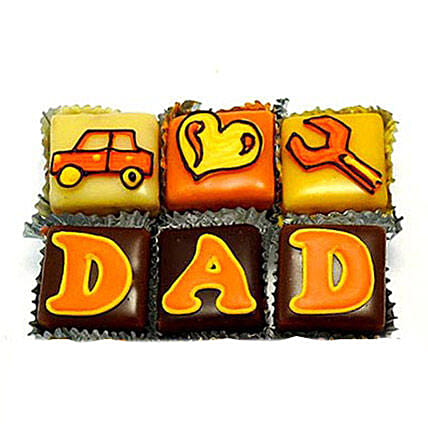 Special DAD Cupcakes: Gifts Under 1499
