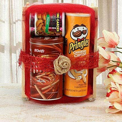 Sweet Yet Snacky: Gourmet Gifts India