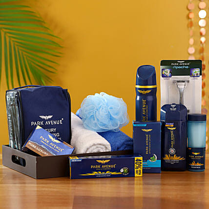 Pamper Him With Love: Gift Hampers for Him