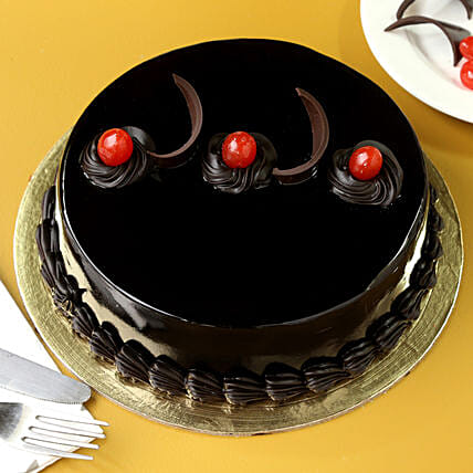 Chocolate Truffle Delicious Cake: Cakes to Vijayawada